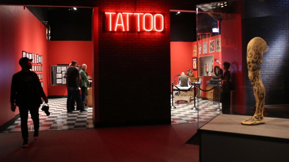 ct-photos-tattoo-exhibit-at-field-museum-20160-015